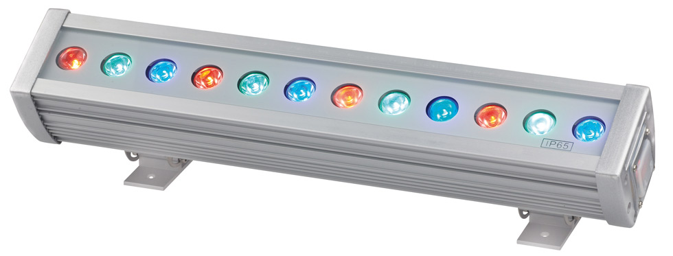 Barres de leds barres de leds sonorisation for Projecteur led interieur